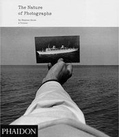 The Nature of Photographs: A Primer (9780714859040)