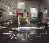 Twilight: Photographs by Gregory Crewdson (9780810910034)