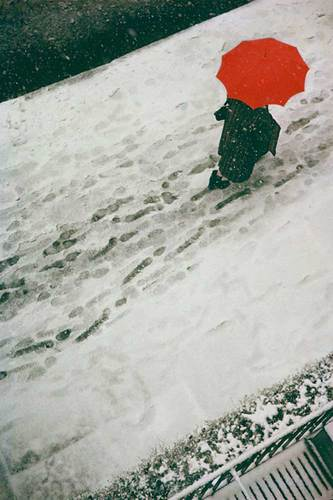Footprints, c. 1950 © Saul Leiter
