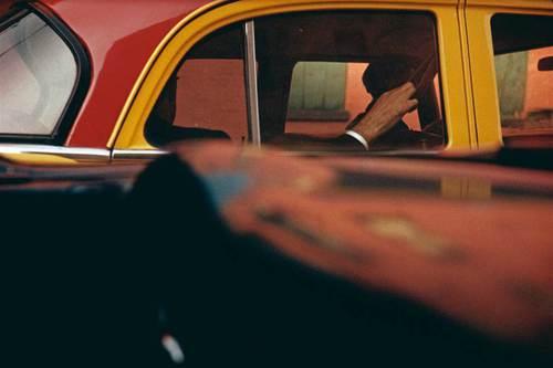 Taxi, 1957 © Saul Leiter
