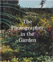 The Photographer in the Garden (9781597113731)